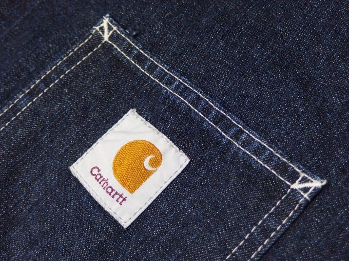 Carhartt-カーハート-デニム生地-カバーオール-左胸のロゴ