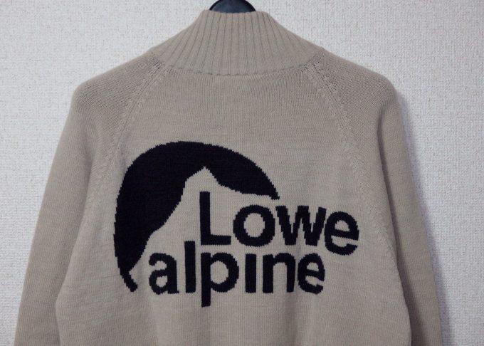Lowe-alpine-ロウアルパイン-フルジップセーター-背面のブランドマーク