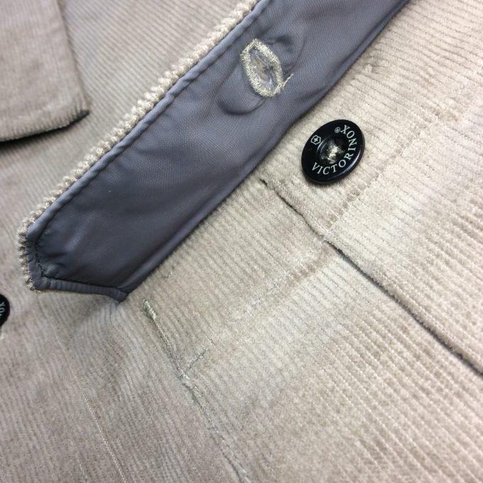 VICTORINOX ビクトリノックス 中綿入りCPOジャケット 裏地付きフラップ・ポケット