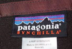 patagoniaパタゴニア-フリースジャケット-襟ぐりのラベル
