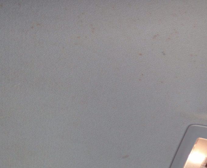 車内天井のシミ汚れ